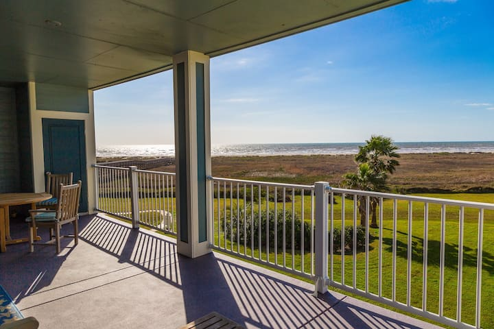 Beachfront Bliss On Galveston Island - Galveston - Apartment