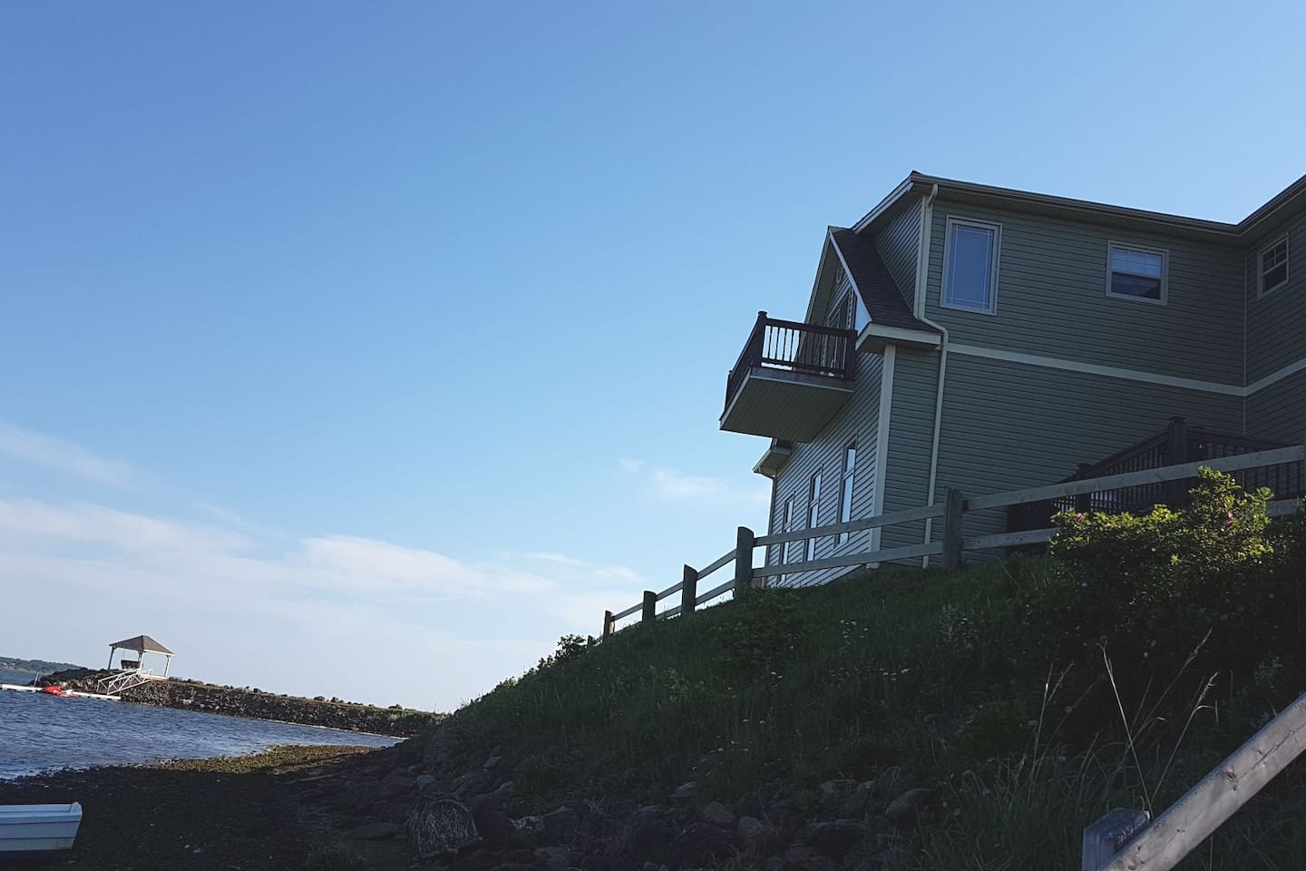 This is a view from the beach, the loft is the top deck