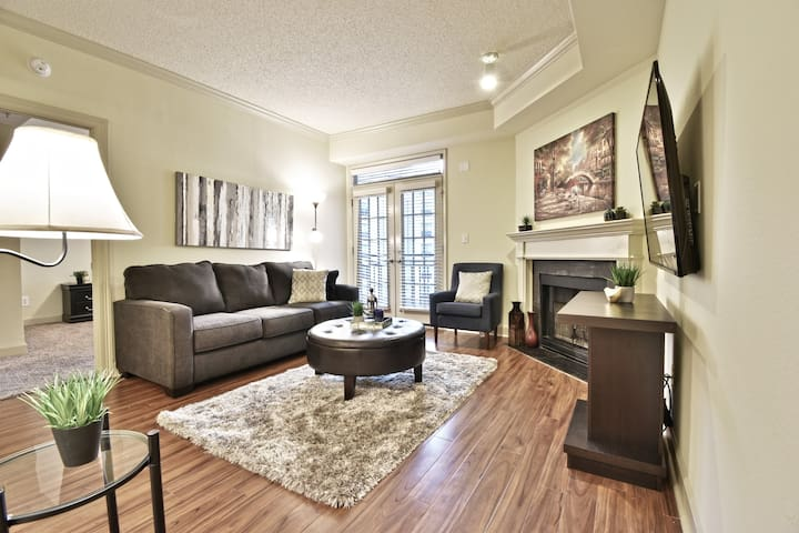 Gorgeous One Bedroom Apartment In Uptown Dallas