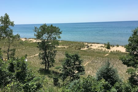 Weekly Rental on Lake Michigan with Beach - Ház