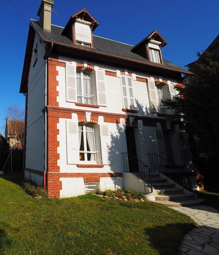 Villa 4 chambres avec jardin au cœur de Deauville