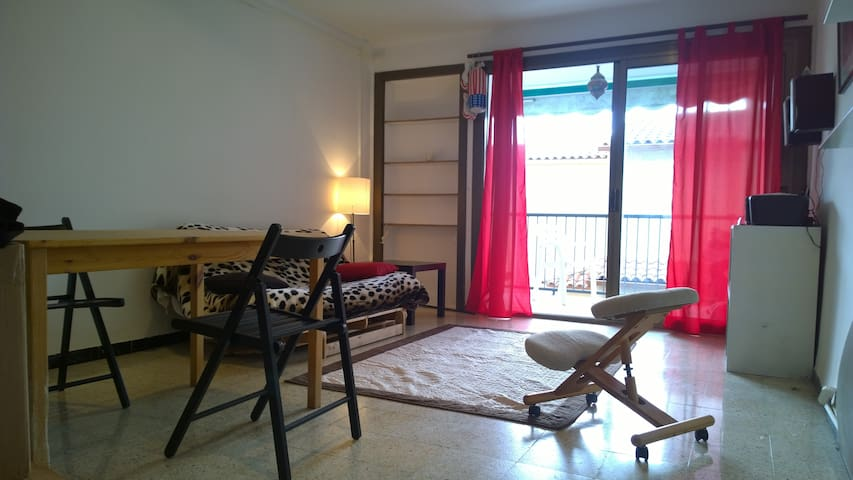 Apartment 400m far from the beach! - Torredembarra - Byt