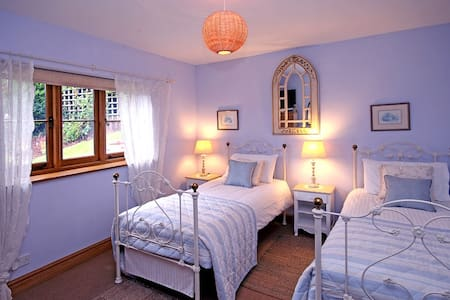 Holmdale- Exmoor National Park- TWIN or KING room. - Exford - Haus