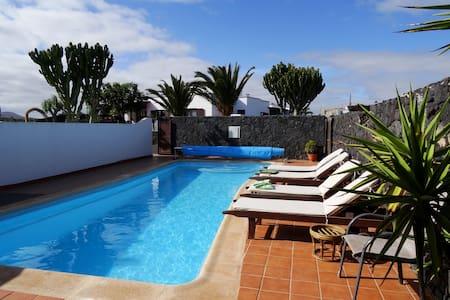Casa Gasparini mit privatem Pool - Tahiche - Appartement