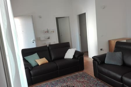 New big flat,1km from centre,bikes available - Pesaro