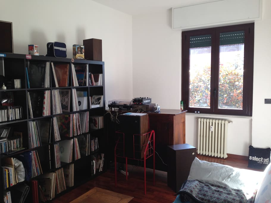 lounge with my records collection that you can hear, if you take care about the use of it
