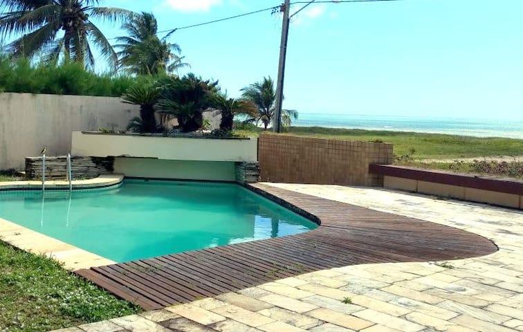 Casa pé na areia com piscina, Intermares, cabedelo