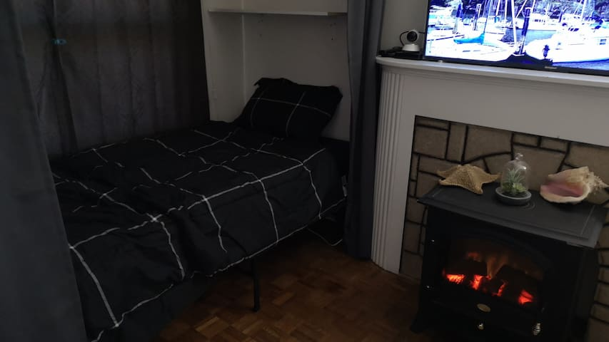 Single bed on shared space  in toronto 1