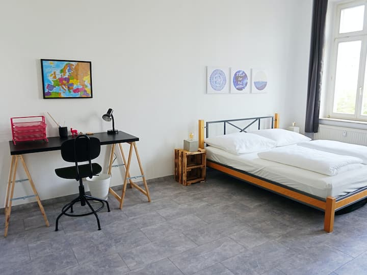 *NEW* super central! 2 rooms, 80m2, NETFLIX +WiFi