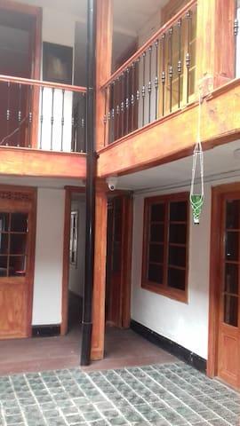 CASA MANUELITA LA CANDELARIA BOGOTA - Bogotá - House