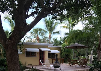 Amazing property less than a mile from the beach - Delray Beach - House