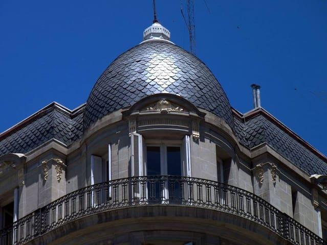 En lo mejor de San Telmo,con balcon - Buenos Aires - Pis