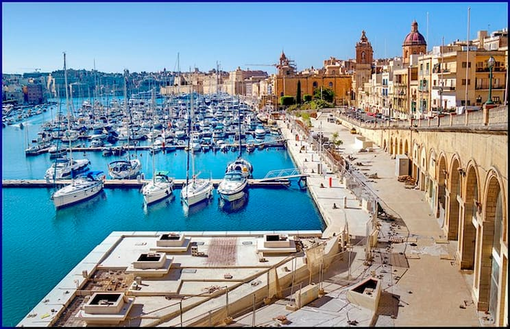 21. Cozy Apt 2 mins away from Marina Water Front! - Birgu - Apartamento