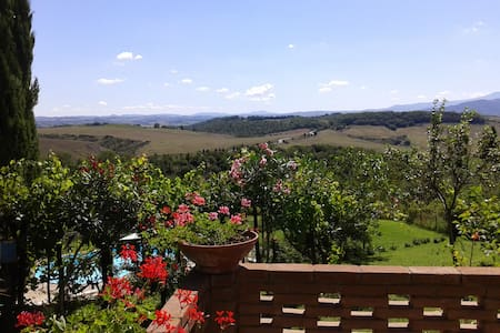 Farmhouse on the hills of Siena - Murlo - Appartement