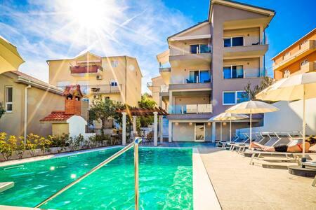 Villa Azalea apartments  A5