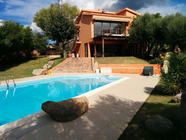 Airbnb Villa Con Piscina Villasimius