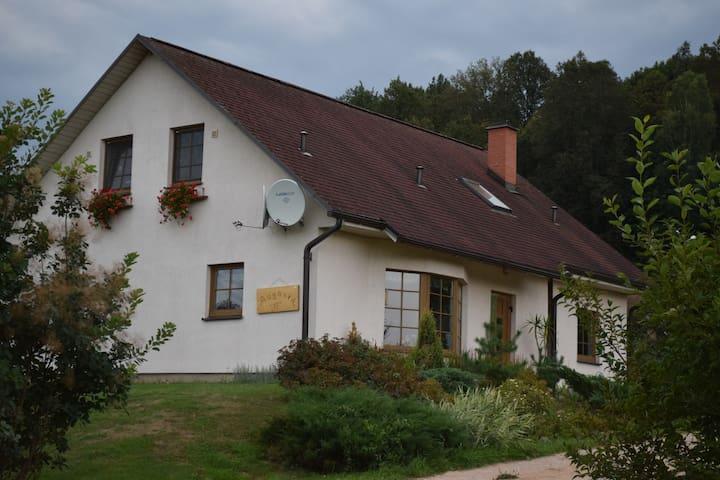 Lovely house with view to Daugava - Krāslava - Penzion (B&B)