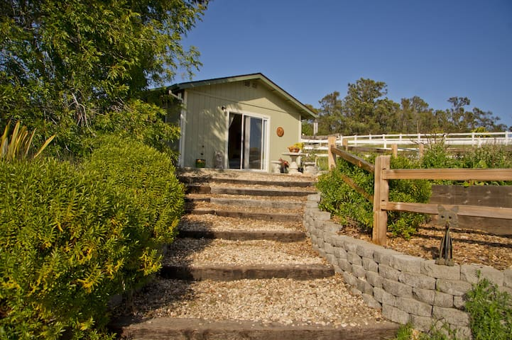 Private cottage close to beach and wineries - Arroyo Grande - Dom