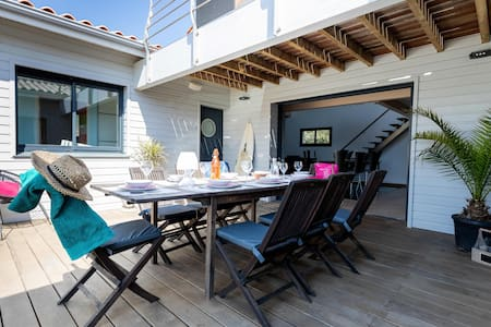 """Villa """"L'Olivier""""  Hourtin-plage, 50 m océan"""
