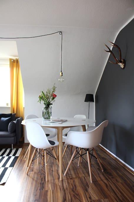 Gemeinsames Wohn- und Esszimmer