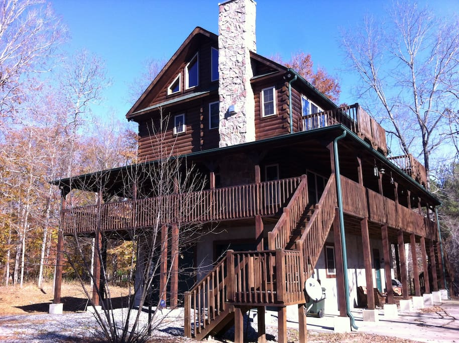 Full view of the River Point Cabin