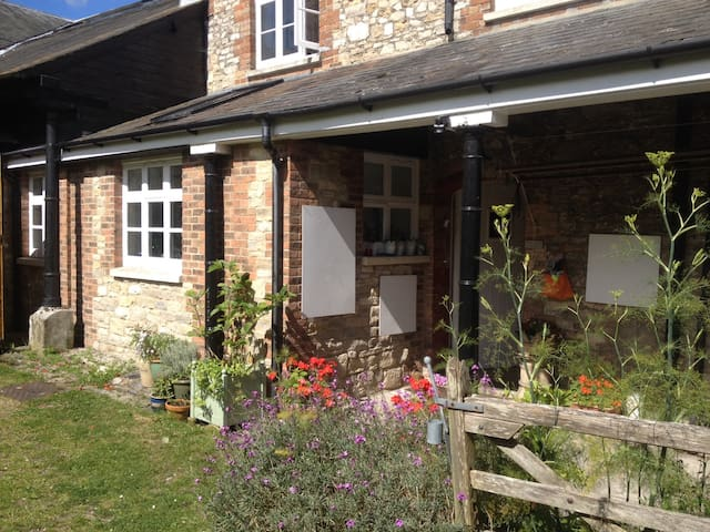 Ensuite Double in Dorset cottage - Dorchester - Rumah