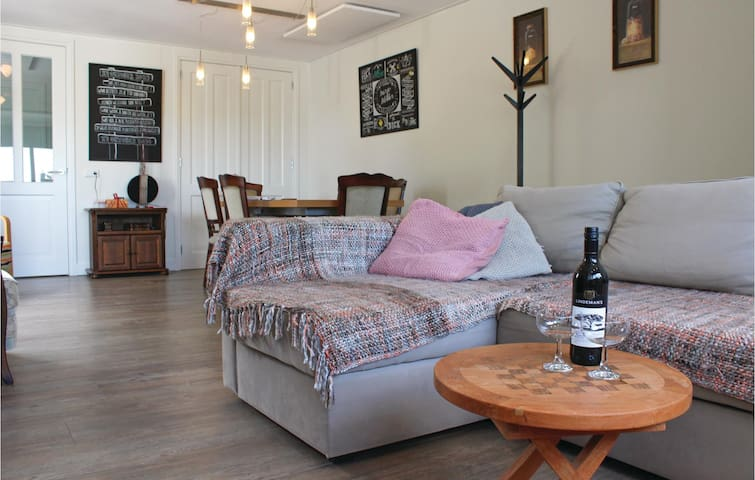 Holiday apartment with 1 bedroom on 80 m² in Andijk