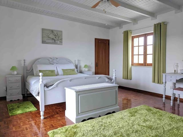 Private en suite room with balcony and rooftop