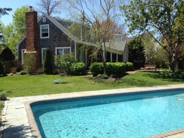 Absolutely beautiful Waterview Home - East Quogue