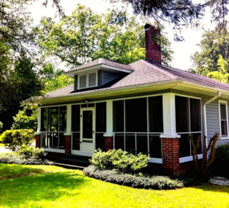 Downtown Houses For Rent: The Cottage At Franklin Park