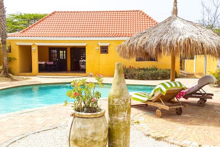 Caribbean style house - 3 bed/2bath - Oranjestad - House