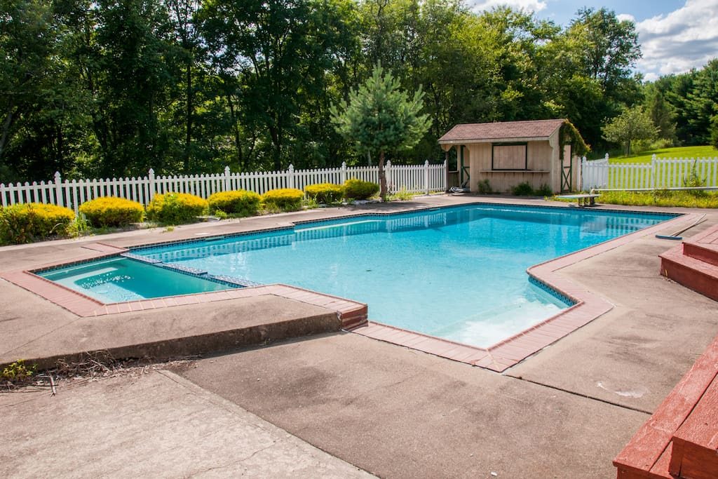 Beautiful 3br country home w pool houses for rent in - Houses with swimming pools for rent ...