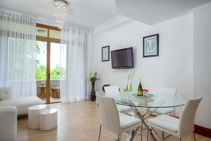 Casa de Campo Luxury New 2 Bedroom Condo - La Romana - Daire