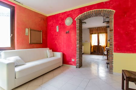 Casa 400mt da spiagge e 300 fiera - Marina di Carrara