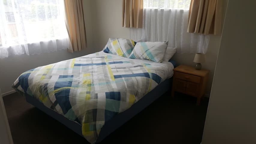 Cosy Double Room in Halswell - Christchurch - Talo