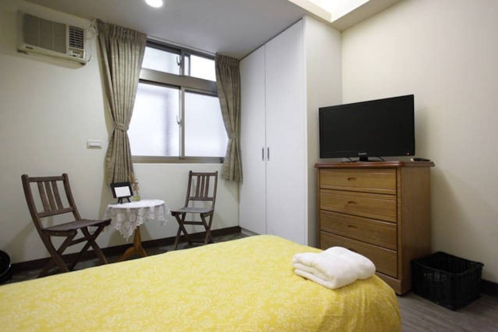 Fancy Ensuite Near MRT Night Mkt