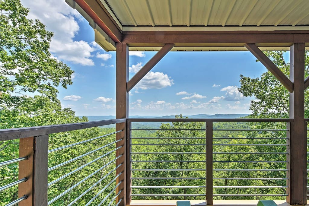 You'll have unbeatable mountain views from every angle!