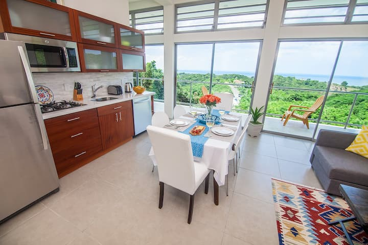 Modern hilltop 2-bedroom with ocean view and pool
