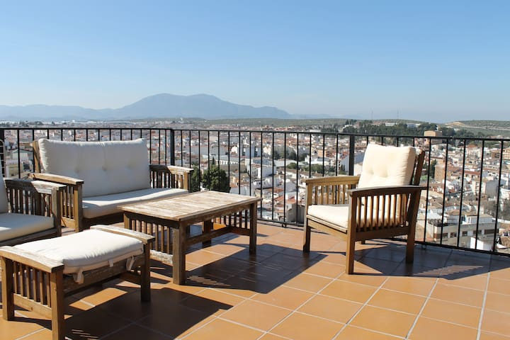 Town house with spectacular view. - Martos