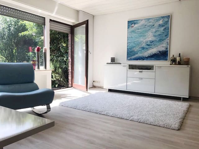Townhouse 18 minutes by car to Dusseldorf fair