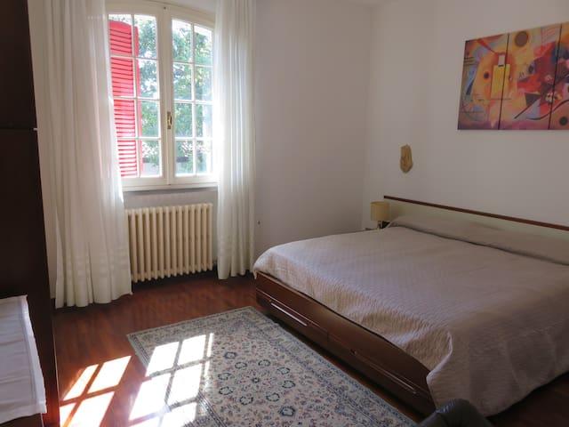 Camera matrimoniale/Main bedroom