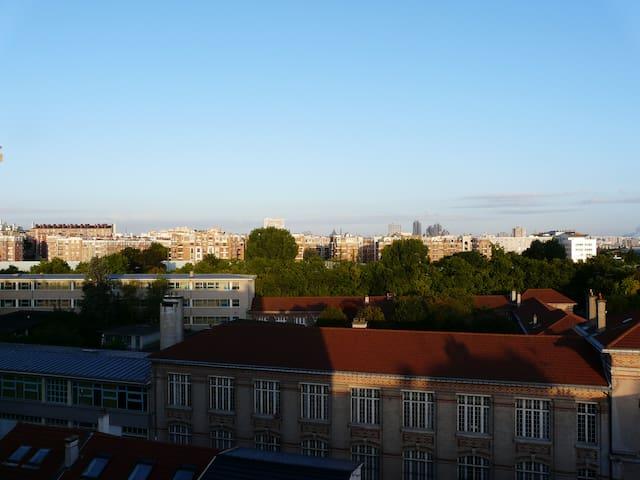 Apartment with a view over Paris - Le Pré-Saint-Gervais - Wohnung