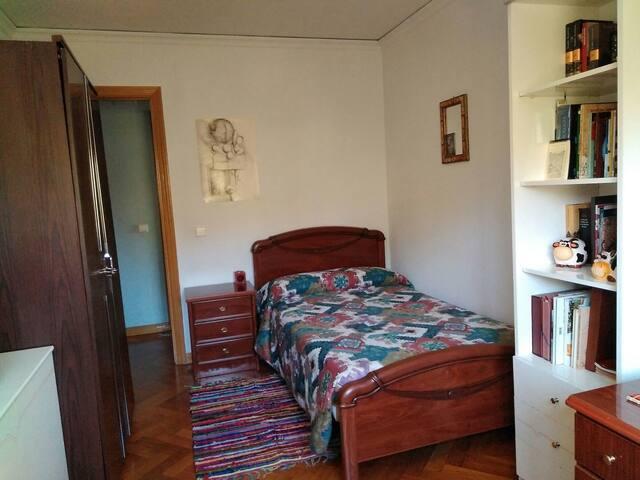 Habitación individual, luminosa y acogedora. - Valladolid - Apartment