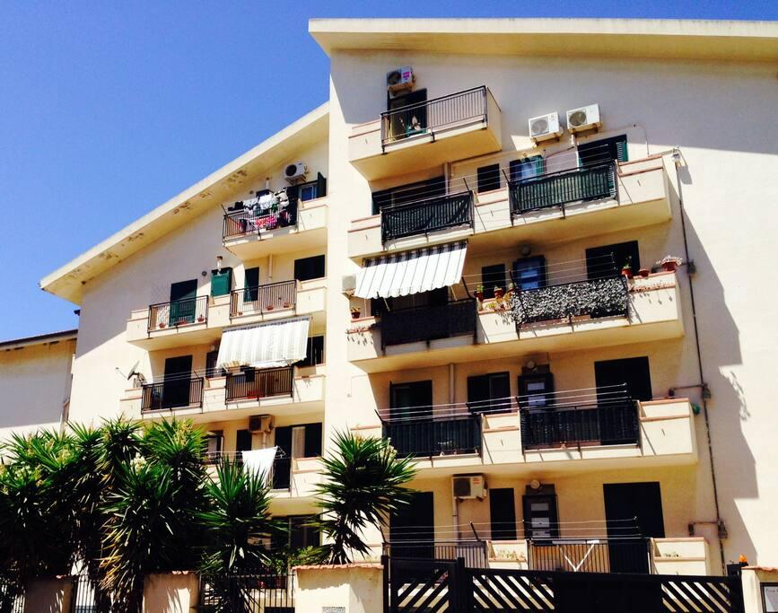 Mansarda Roof Apartment