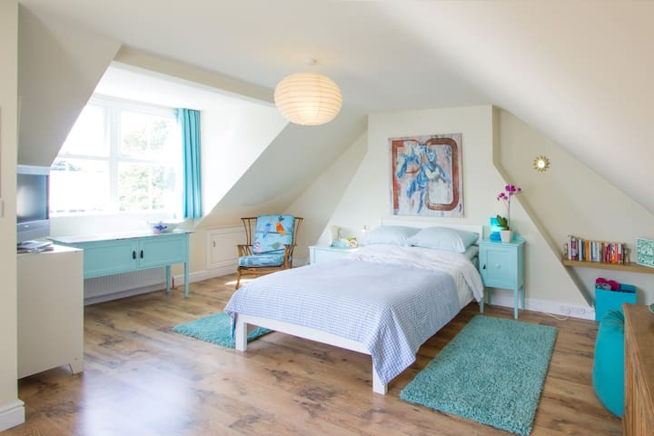 Attic by the sea in Deal - Walmer - House