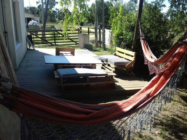 2 hamacas paraguayas en deck