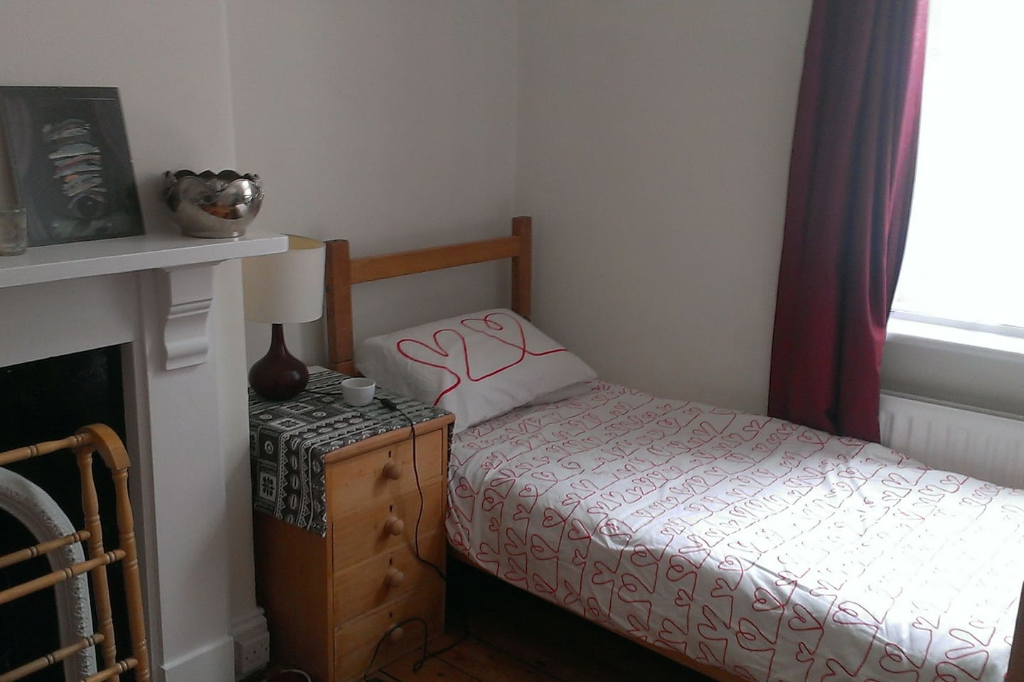 Spacious and cosy with a desk, TV and WiFi facility.
