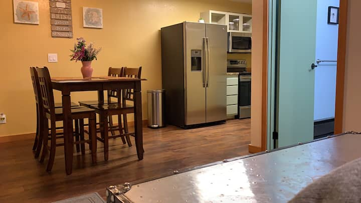 Cozy Designer Apartment Near Downtown Juneau