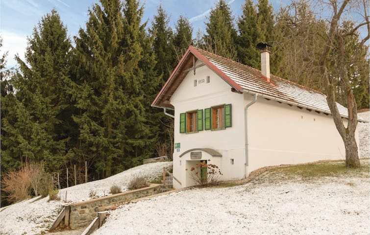 Holiday cottage with 2 bedrooms on 60 m² in Strem