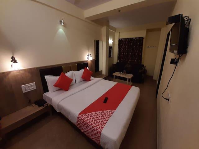 Hotel impact palace mahabaleshwar